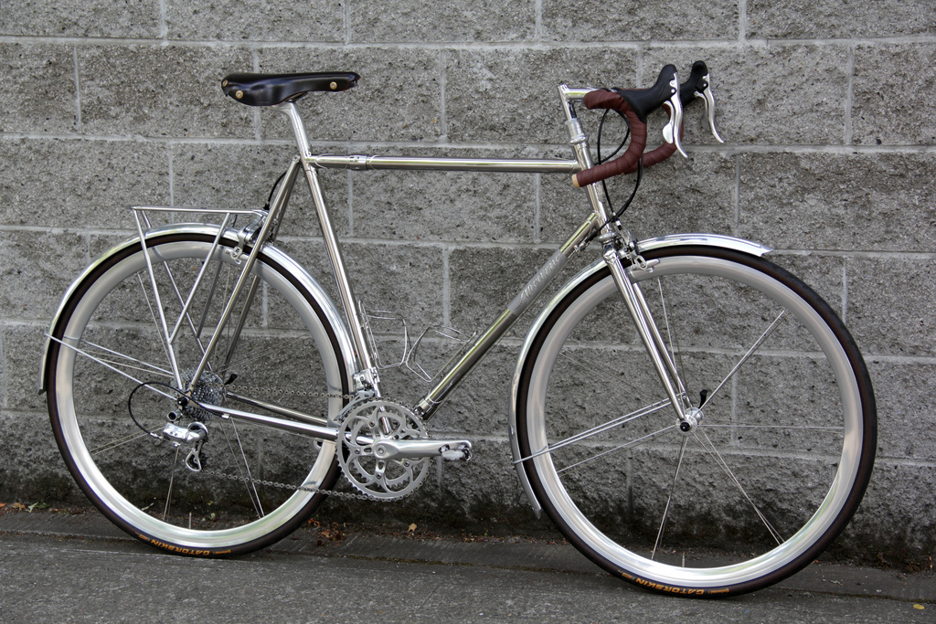 stainless steel road bike by ahearne cycles (1)