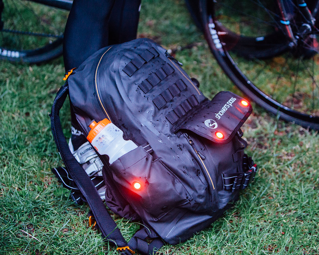 Waterproof-Utility-Backpack-with-lights-bike-race
